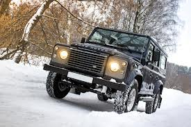 Тест-драйв автомобиля Land Rover Defender